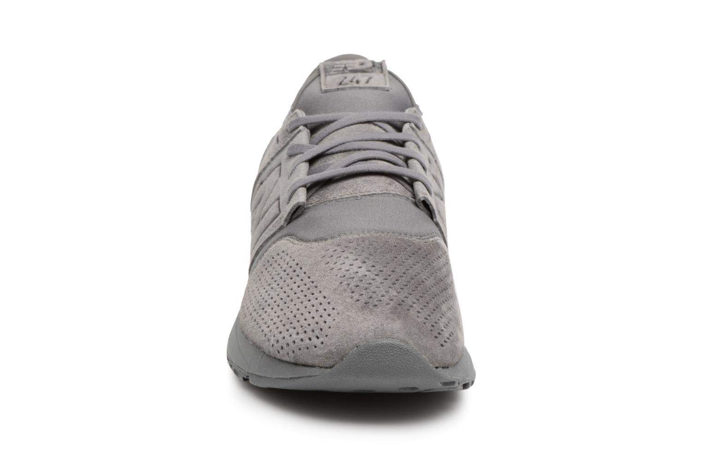 Baskets New Balance MRL247 D Gris vue portées chaussures