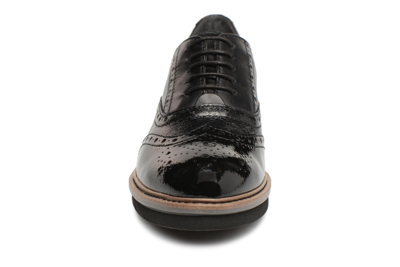 Chaussures à lacets Tamaris 23397 Noir vue portées chaussures