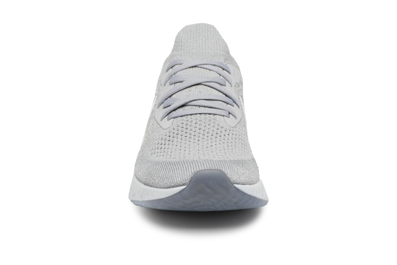 Chaussures de sport Nike Nike Epic React Flyknit (Gs) Gris vue portées chaussures