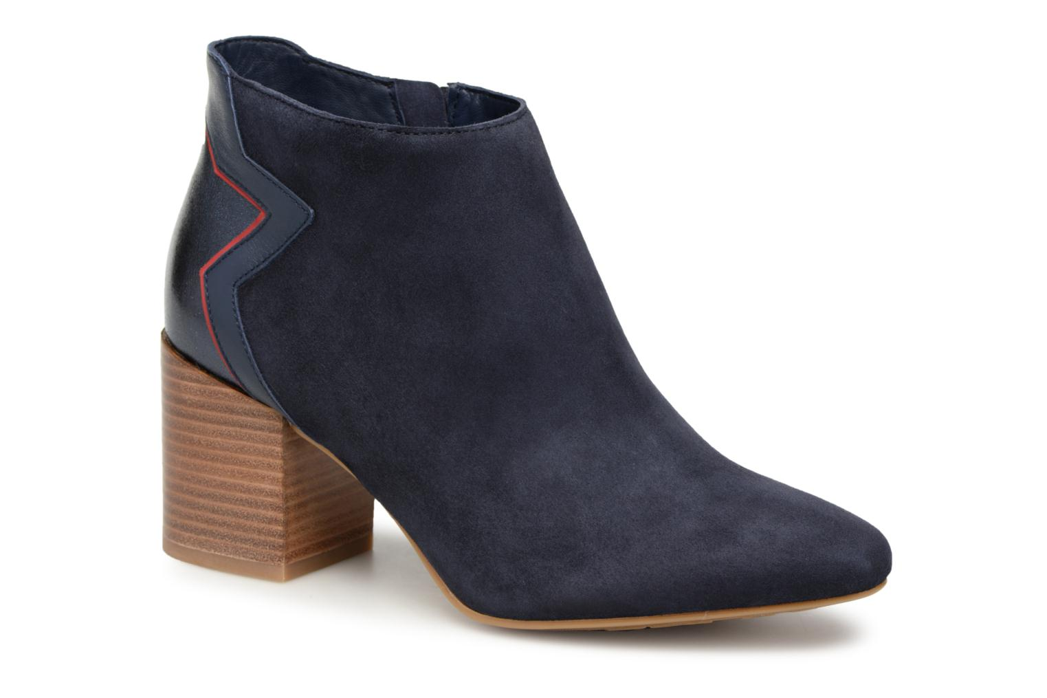 Tommy Hilfiger ELEVATED SUEDE HEELED BOOTIE (Bleu) - Bottines et boots chez Sarenza (335975)