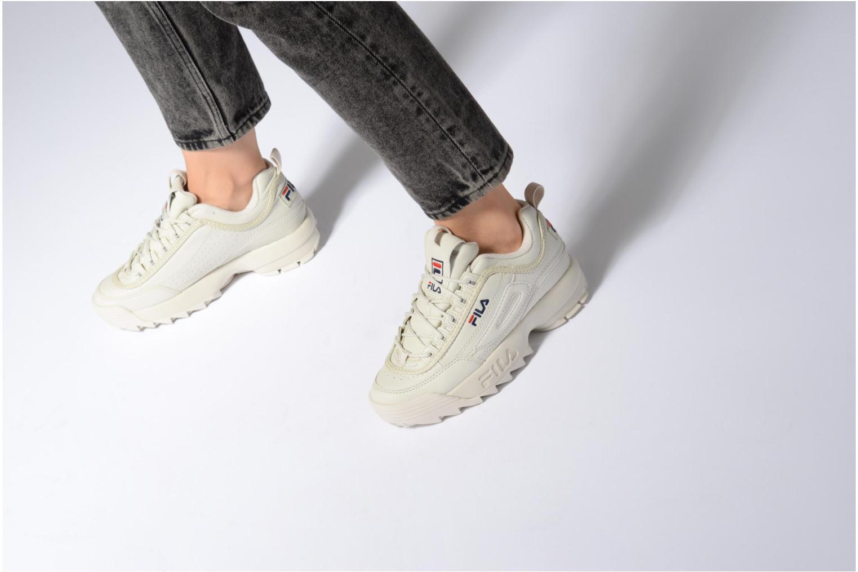 Sneaker FILA Disruptor Beige beige ansicht von unten / tasche getragen