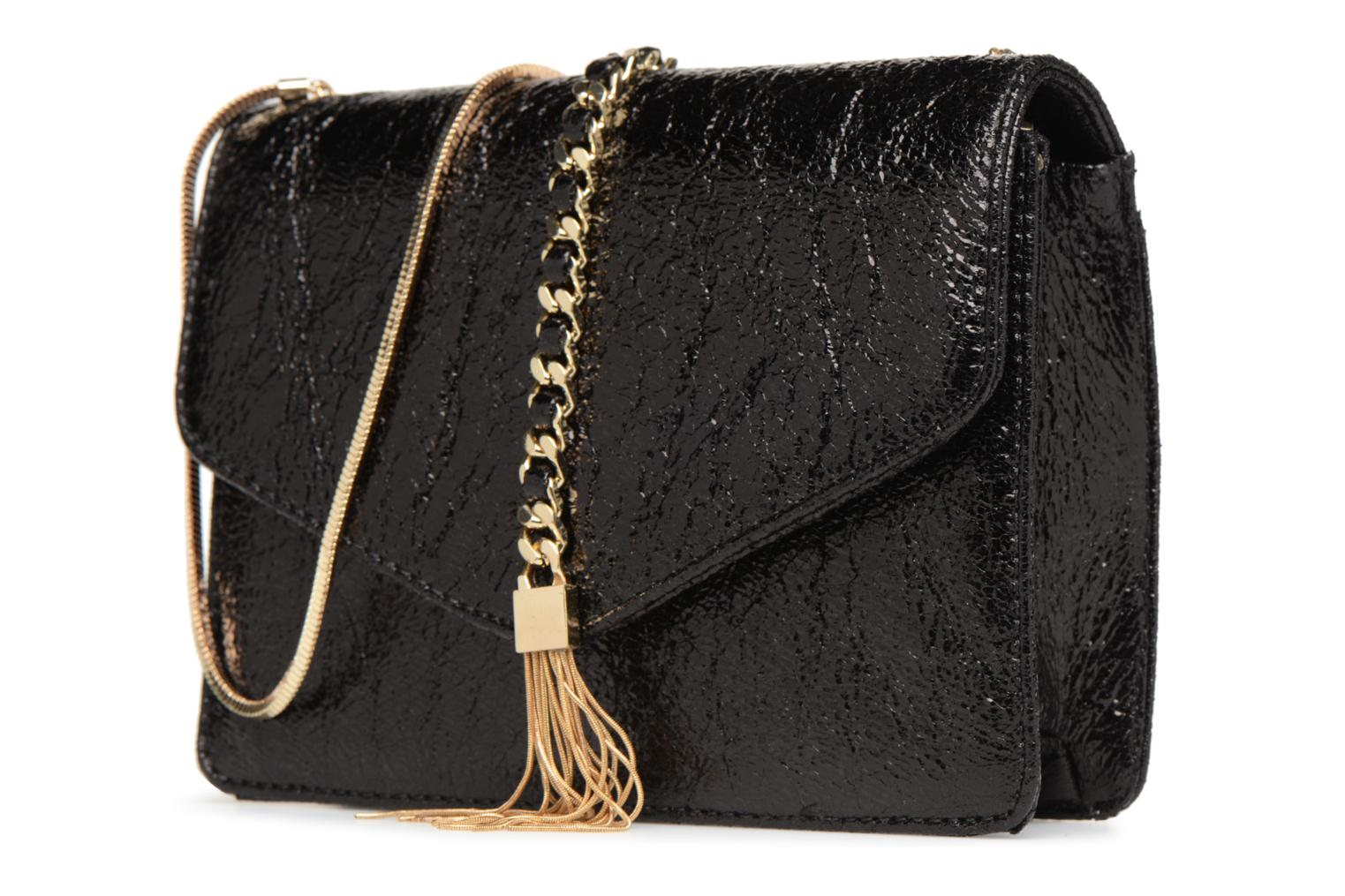 Sacs à main Street Level Shoulder bag w/chain and tassel detail Noir vue portées chaussures