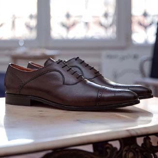 men's luxury lace-up shoe