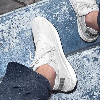 techno sneakers Puma